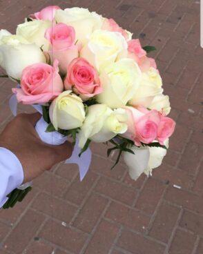 זר כלה ורדים לבנים ורודים