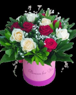 ורדים אדום לבן בקופסא
